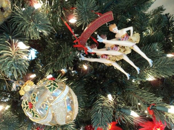 sentimental Christmas, holiday memories, old-fashioned christmas